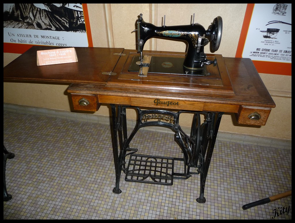Machine A Coudre Ancienne machine à coudre peugeot | kity54 | flickr