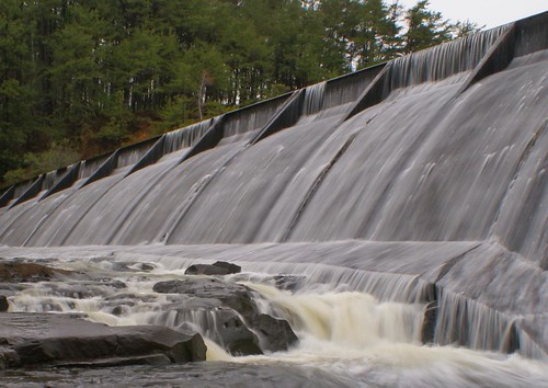 lake water waterfall rocks dam reservoir spillway tuscaloosaalabama tuscaloosacounty alalto lakenicol