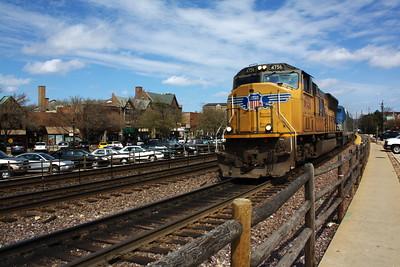 SD70M leads Amtrak California Zephyr