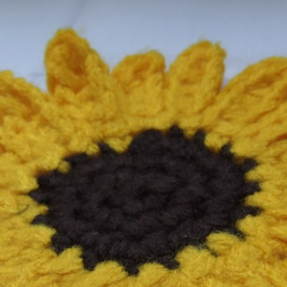Dwarf Sunspot Sunflower Crochet Pattern (IV) | by Siona Karen