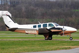 N1856S  Beech B58 Baron  KFDK  20100324