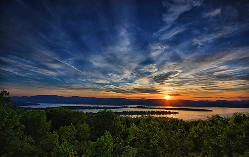 sunset ny newyork canon upstate adirondacks lakegeorge hdr pilotknob natureperserve waterfallguy