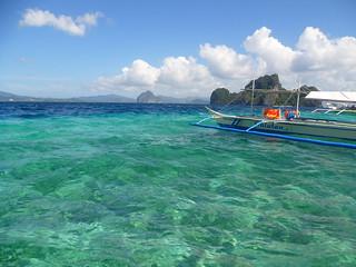 Swimming on El Nido bay lagoons | by JMParrone