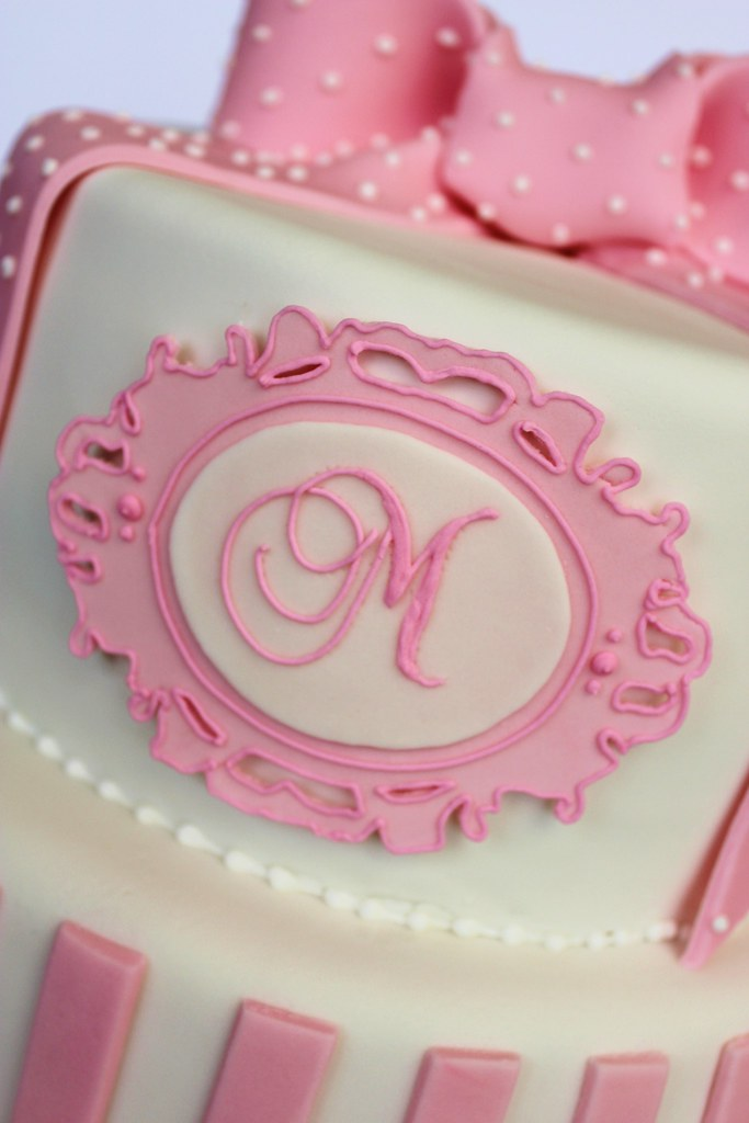 Wondrous One Year Old Monogram Birthday Cake Isa Flickr Birthday Cards Printable Opercafe Filternl