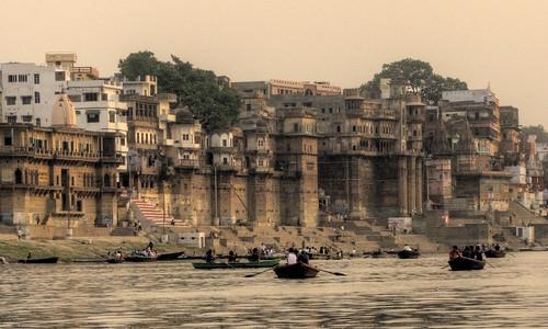 varanasi ghats | by mariusz kluzniak