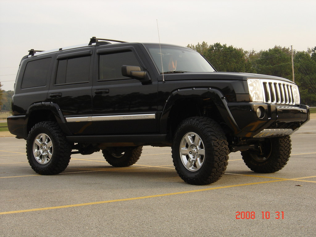 Jeep Commander Lifted 6in In Front And 4in In Back Flickr