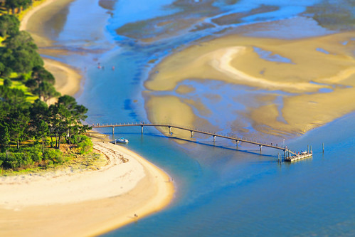 bridge sea newzealand sun green toy miniature sand view little fake tilt coromandel 2014 tiltshift pakuhill