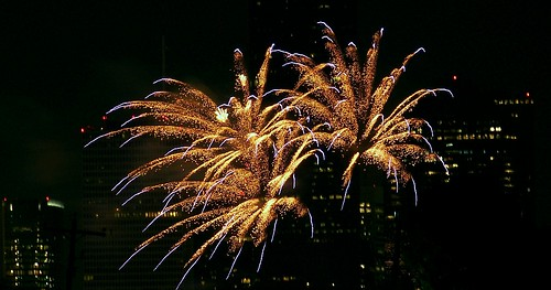 Wide streamers Fireworks 2011 006 | by MichaelB in Houston