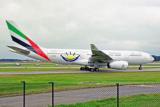 A6-EKQ 3 Airbus A330-243 Emirates Airline (Dubai Summer Surprises 1999) MAN 08AUG99