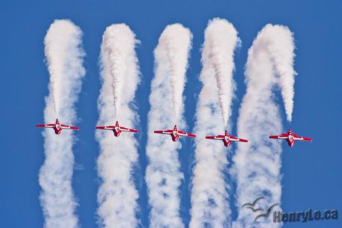 Snowbirds line abreast loop | by Henry_Lo