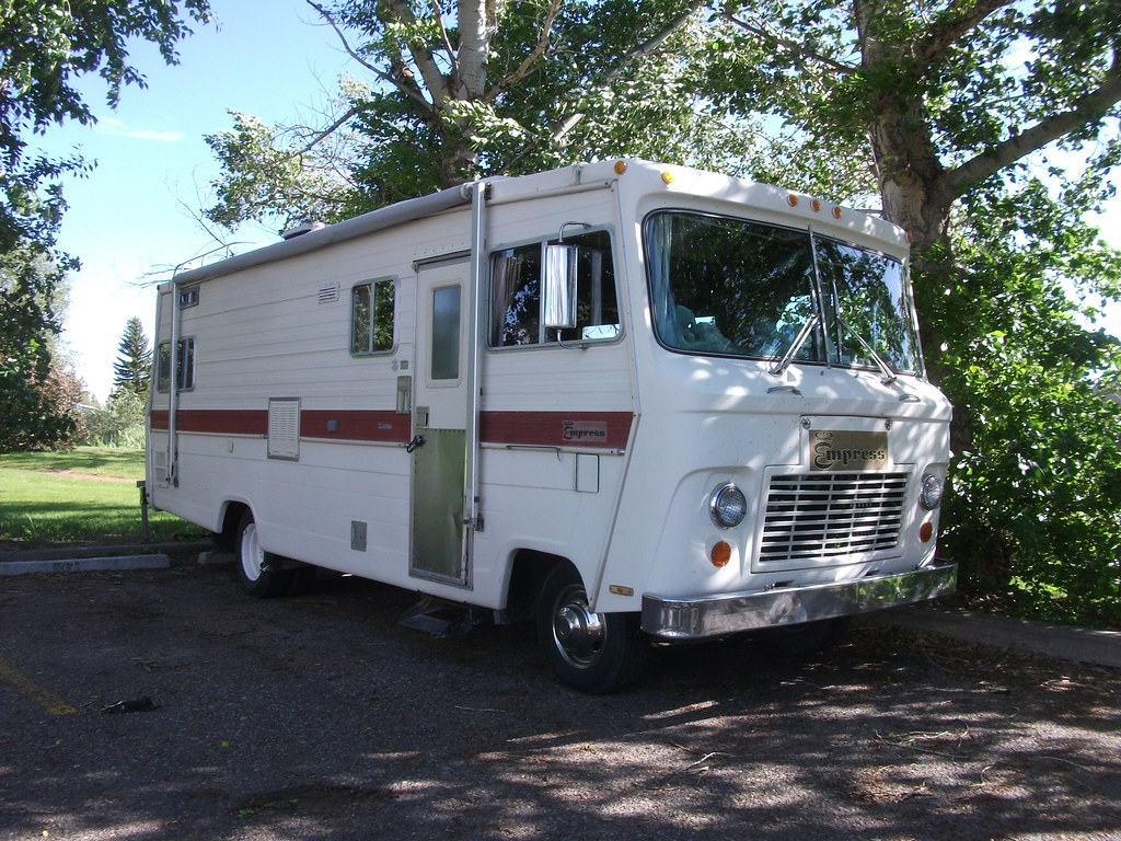 1976 Wickes Empress Motorhome | What seems to be a Wickes Em