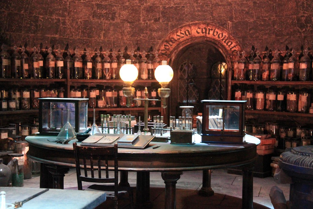 The Making Of Harry Potter 29 05 2012 Potions Classroom Hi Flickr