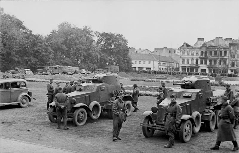 Treffen deutscher und sowjetischer Soldaten 1939