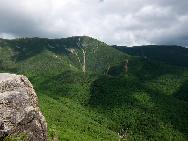 5:42:17 (96%): hiking newhampshire whitemountains franconianotch mtlafayette mtlincoln oldbridalpath franconiarange