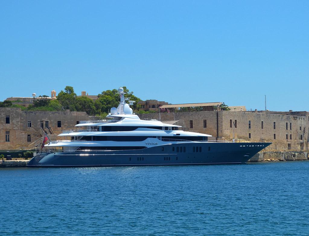 Titan Roman Abramovich S 78m Superyacht Titan In Malta K B Flickr