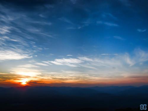 sunset mountains nature weather outdoors hiking scenic northcarolina canonpowershotsx520 sunrisesunsetsceniccloudssky