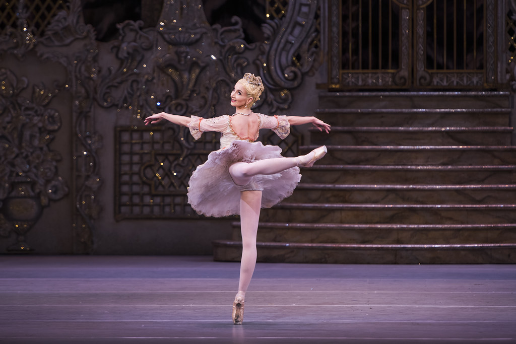Lauren Cuthbertson as the Sugar Plum Fairy in The Nutcracker, The Royal Ballet © ROH 2015. Photograph by Tristram Kenton