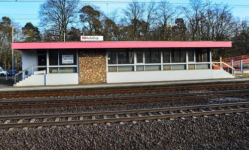ehemaliges Autoreisezugsgebäude