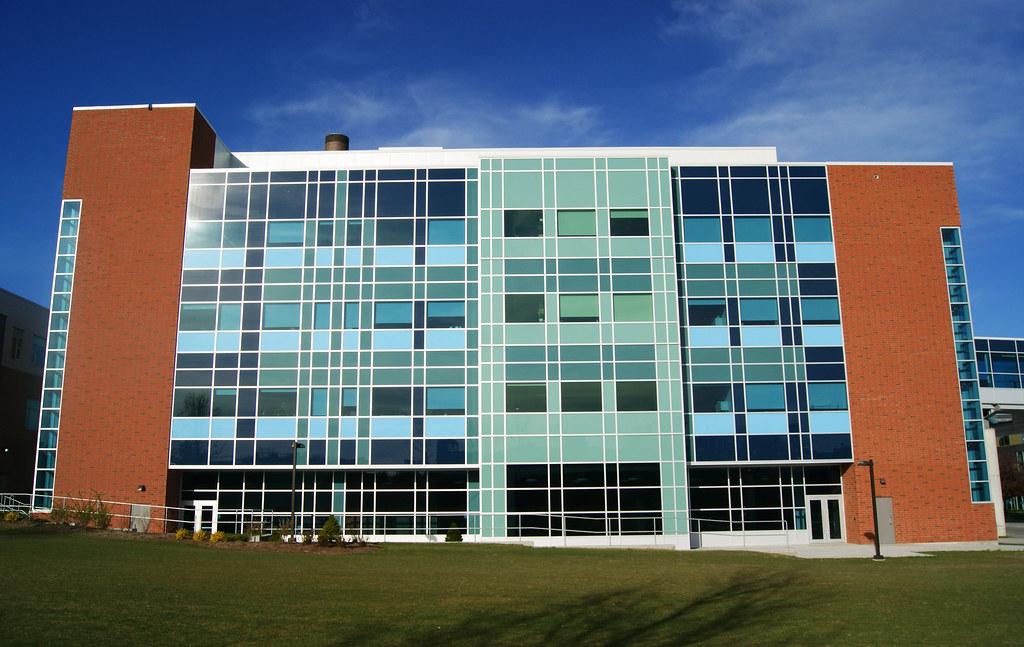 University of Waterloo M3 Side | Vic Vu | Flickr