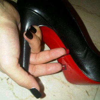 Christian Louboutin Nails Hiii Girls Don T Miss Our Christ Flickr