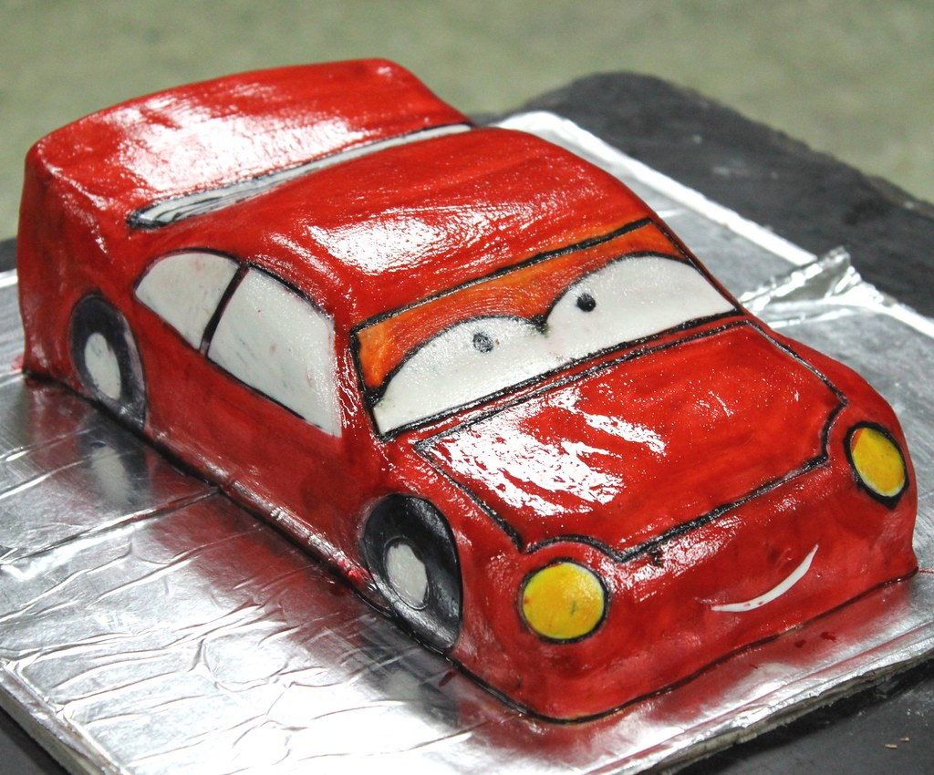 Lightning McQueen The Red Cartoon Car Shaped Cake