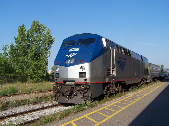[2005] Amtrak Maple Leaf Train