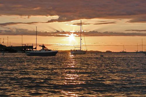 sunrise boating