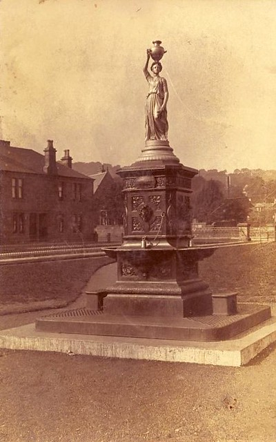 Provost Murdoch Fountain, Kilsyth, 1910