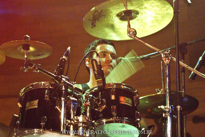 Funeral for a Friend live @ John Bull Music Hall, Curitiba - Brazil 11/12/2010