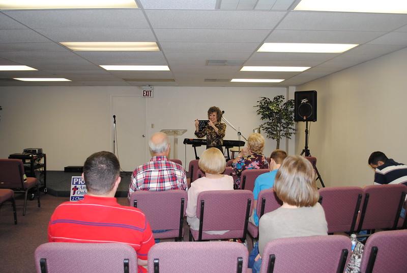 Living Praise Fellowship