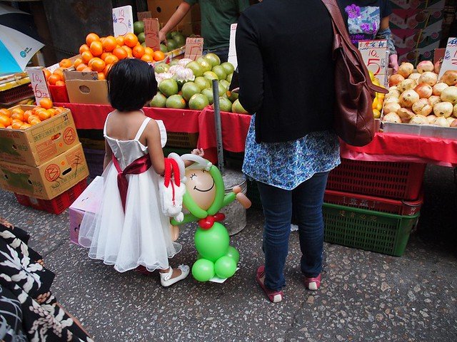 Little princess shopping (Hong Kong 2010)