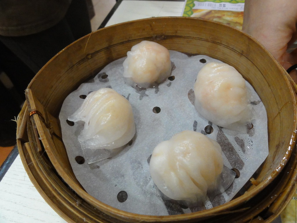 Steamed fresh shrimp dumpling