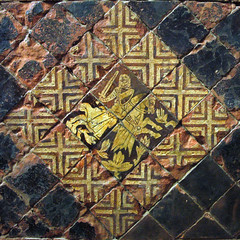 le comte de Chalon, seigneur d'Orgelet, représenté sur la carrelage du château