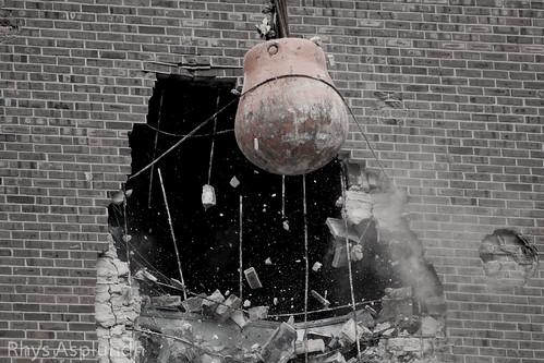 Philadelphia Spectrum demolition: Smashing! | by Rhys A.
