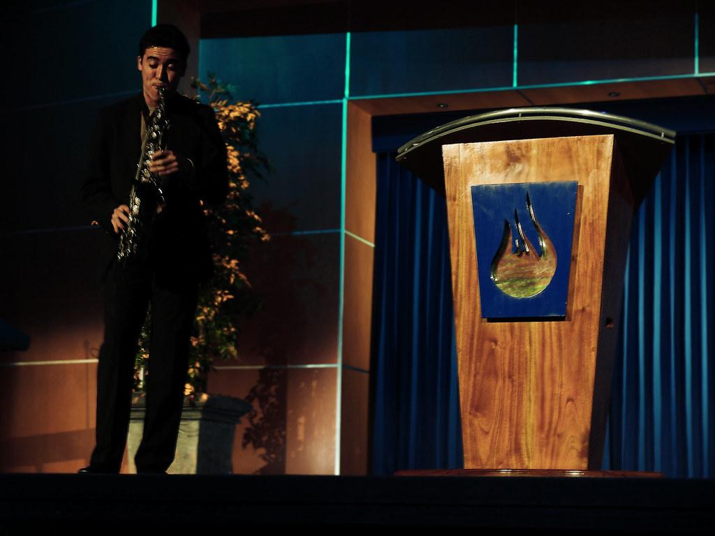 En Casa de Dios - Javier & Lo que pasa