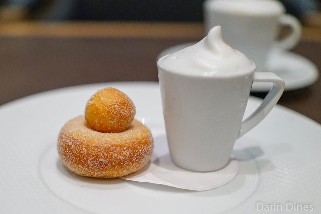coffee donuts per se