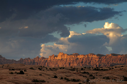 storm clouds wow desert explore moab w9jim