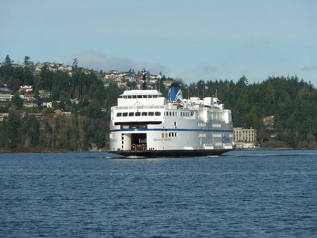 Queen of Oak Bay arriving at Departure Bay