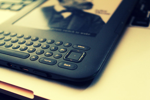 Kindle3 3G | by lnineone