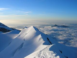 A fil di cresta (snow)