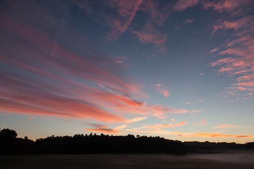 dawn sunrise colorful pink mist newengland fall autumn canon5dmarkii