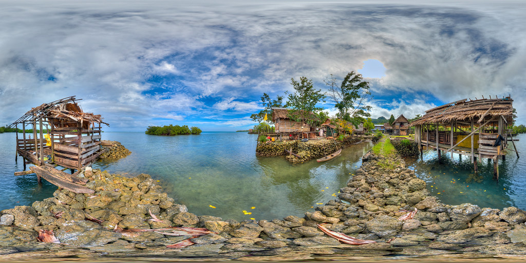 Homes in Oibola village in Solomon Islands - virtual reality view in description