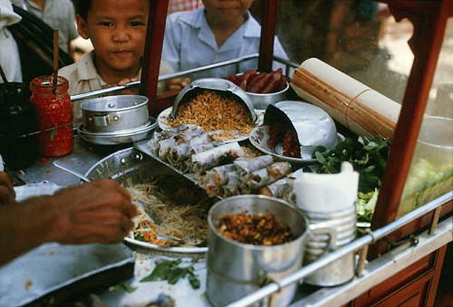 "SAIGON 1966 - BÒ BÍA - Vietnamese ""Wrap & Roll"""