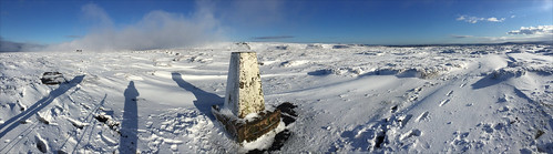 brownknoll trigpoint panorama winter snow cold sun icy frozen moorland moor kinderscout shadows tripod windswept white edale derbyshire england unitedkingdom phonecamera iphone apple appleiphone6 selftimer 10secondtimer ronlayters