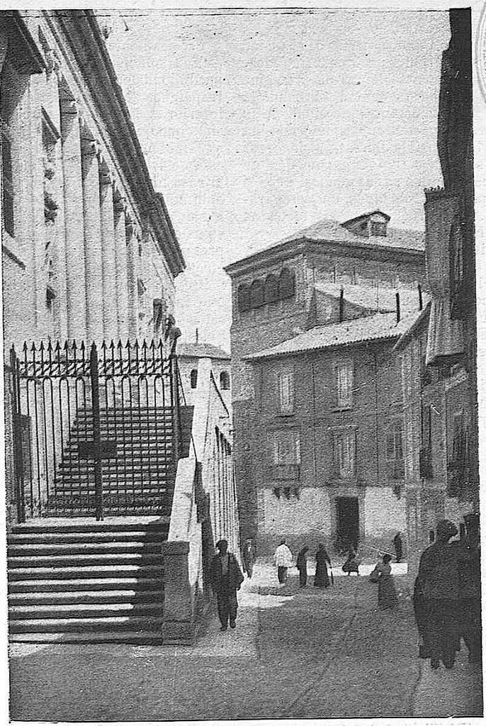 Instituto de Toledo hacia 1928. Fotografía de Narciso Clavería publicada en febrero de ese año en la Revista Toledo