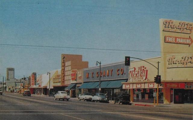 Vintage WT GRANTS & THRIFTY