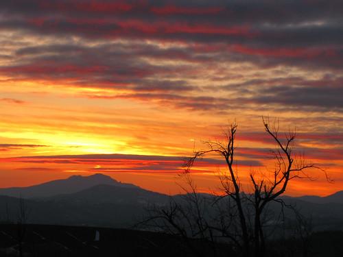 sunset landscape northcarolina blueridgeparkway grandfathermountain westernnorthcarolina southernappalachians ccbyncsa elkmountainoverlook canonpowershotsx10is