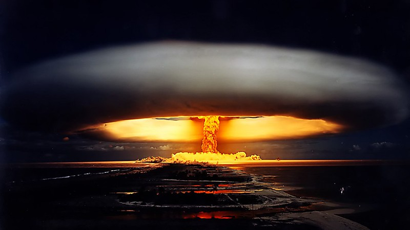 Nuclear-Weapon-nuclear-weapon-1366x768