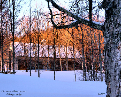 trees winter snow barn sunrise maine mapletrees newfieldmaine