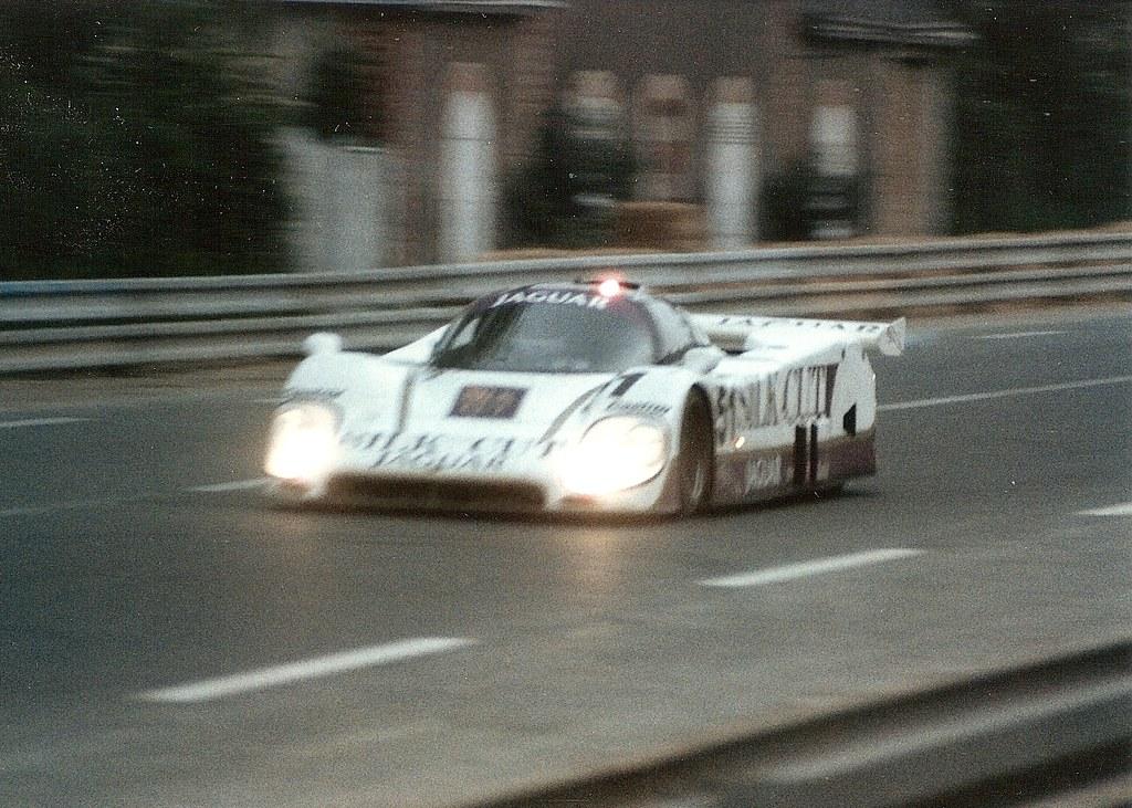 Jaguar XJR-6 - Le Mans 1986   Derek Warwick (in the car ...